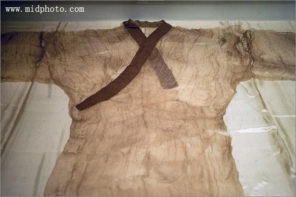 长沙马王堆西汉古墓出土的素纱蝉衣